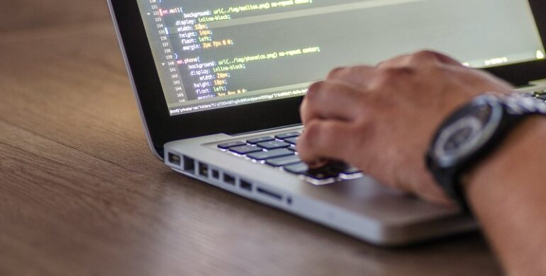 5 Simple Hiring Hacks from a Software Engineer Recruiter